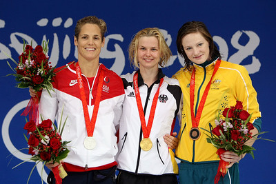 Olympics+Day+9+Swimming+Silver medalist Dara Torres of the United States, gold medalist Britta Steffen of Germany and bronze medalist Cate Campbell of Australia