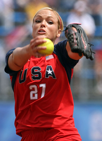 Olympics+Day+8+Softball+Jennie Finch of the United States pitches against Chinese Taipei during their softball game at Fengtai Softball Field on Day 8 of the Beijing 2008 Olympic Games