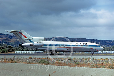 B727 00031 Boeing 727 United N7057U August 1972 by William T Larkins