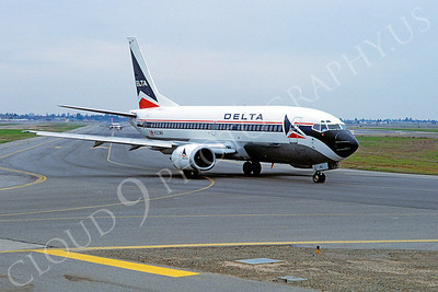 B737 00021 Boeing 737 Delta Airline N312WA Fresno May 1989 by Peter J Mancus
