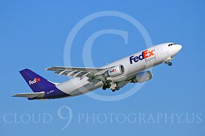 FedEx 00016 Airbus A300 FedEx N673FE by Dave Budd