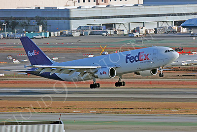 FedEx 00014 Airbus A300 by Peter J Mancus