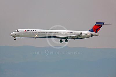MD-88 00022 McDonnell Douglas MD-88 Delta N904DA by Peter J Mancus