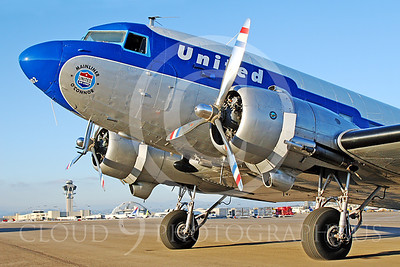 DC-3 00019 Douglas DC-3 United Airline N814CL by Tim Wagenknecht