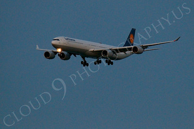 ALPN 00016 Lufthansa Airbus A340 landing at SFO in San Francisco at night, by Peter J Mancus