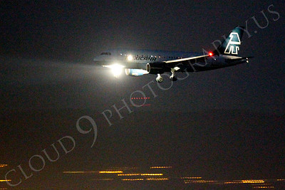 ALPN 00013 A Mexicana Airbus A320 landing at SFO in San Francisco at night, by Peter J Mancus