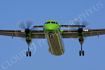 FFAL 00003 A head-on airliner picture of a Horizon Airline Bombardier Dash 8 Series 400 about to land, by Peter J Mancus
