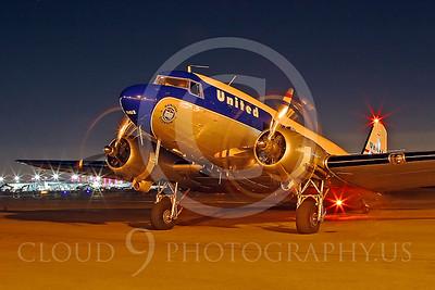 DC-3 00005 Douglas DC-3 United Airline by Tim Wagenknecht