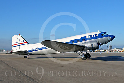 DC-3 00007 Douglas DC-3 United Airline N814CL by Tim Wagenknecht