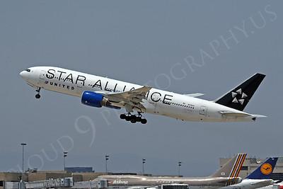 B777P 00010 Boeing 777-200 United Airline N218UA STAR ALLIANCE at LAX by Tim Wagenknecht