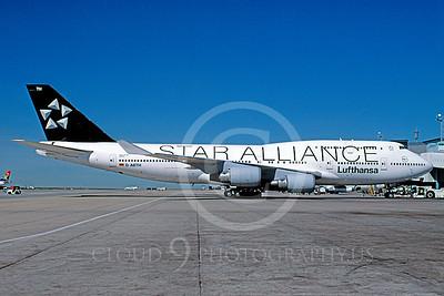 B747 00035 Boeing 747 Lufthansa D-ABTH STAR ALLIANCE May 2004 via African Aviation Slide Service