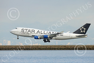 B747 01531 A Boeing 747 United Airline STAR ALLIANCE N121UA lands at SFO 12-2014 airliner picture by Peter J Mancus