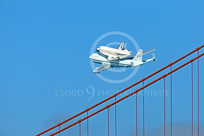 NASA-Space Shuttle 00016 The space shuttle Endeavour in fligtht on a NASA Boeing 747 N905NA on the Pacific Ocean side of the Golden Gate Bridge, on its last flight, by Peter J Mancus