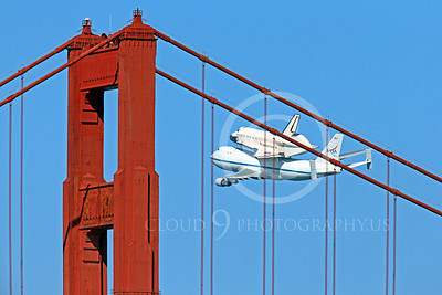 NASA-Space Shuttle 00010 The space shuttle Endeavour in fligtht on a NASA Boeing 747 N905NA behind the Golden Gate Bridge, on its last flight on September 21, 2012, by Peter J Mancus