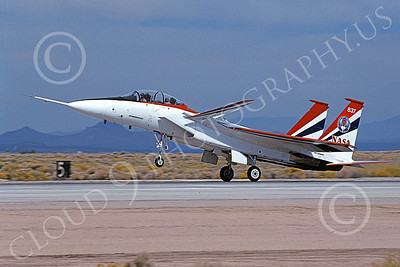 NASA-F-15 00005 A landing McDonnell Douglas YF-15B Eagle jet fighter NASA 837 Edwards AFB 11-2005 airplane picture by Michael Grove, Sr
