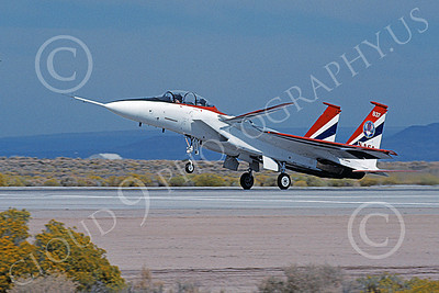 NASA-F-15 00007 A landing McDonnell Douglas YF-15B Eagle jet fighter NASA 837 Edwards AFB 11-2005 airplane picture by Michael Grove, Sr