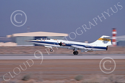 NASA-F-104 00020 A landing Lockheed F-104 Starfighter NASA 811 Edwards AFB 3-1984 airplane picture by Michael Grove, Sr