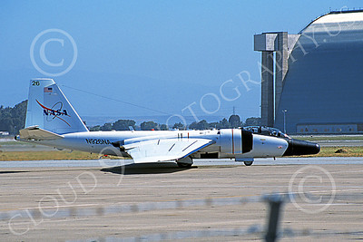 NASA-B-57 00006 A taxing white NASA Martin RB-57F Canberra N926NA NAS Moffett 6-2006 airplane picture by Michael Grove, Sr