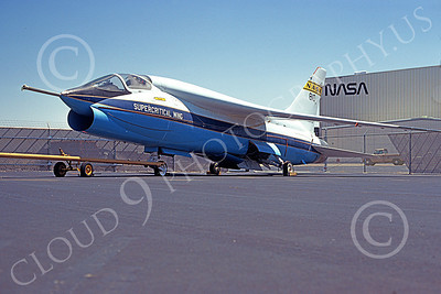 NASA-F-8 00003 A static NASA Super Critical Wing Vought F-8 Crusader 5-1980 airplane picture by Ron McNeil