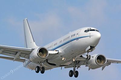 BIZJET 00102 Boeing 737 by Carl E Porter