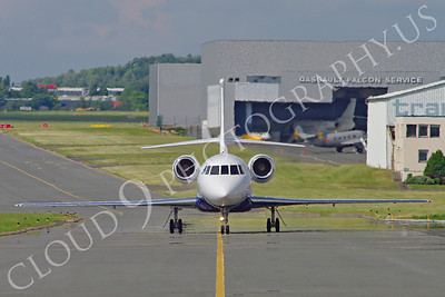 BIZJETP - Dassault Falcon 7X 00005 Dassault Falcon 7X prototype F-WFBW aircraft picture by Stephen W D Wolf
