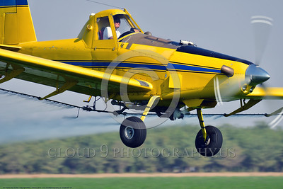 CropDuster 0030 A tight crop of a low flying Air Tractor Inc  AT-401 crop duster, N9179N, spraying a field in Wasco, California 8-2017, crop duster picture by Peter J  Mancus     DONEwt