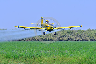 CropDuster 0006 A low flying Air Tractor Inc  AT-401 crop duster, N9179N, spraying a field in Wasco, California 8-2017 crop duster picture by Peter J  Mancus     DONEwt
