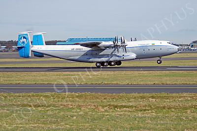 An-22 00016 Antonov An-22 Antheus Cock UR-09307 by Alasdair MacPhail