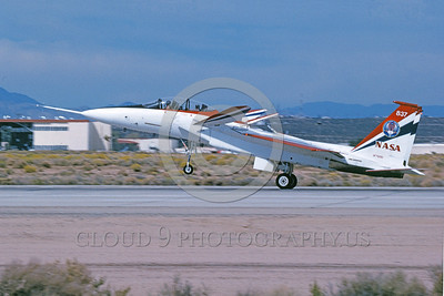 NASA-F-15 00003 A landing McDonnell Douglas YF-15B Eagle jet fighter NASA 837 Edwards AFB 11-2005 NASA airplane picture, by Michael Grove, Sr
