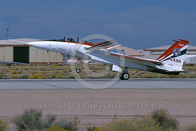 NASA-F-15 00013 A landing McDonnell Douglas YF-15B Eagle jet fighter NASA 837 Edwards AFB 11-2005 NASA airplane picture by Michael Grove, Sr