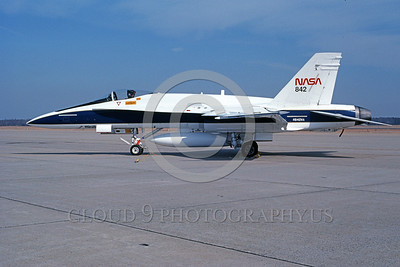 NASA-F-18 00001 A static McDonnell Douglas F-18A Hornet NASA 842 161214 2-1993 NASA airplane picture by Michael Grove, Sr