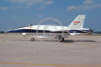 NASA-F-18 00005 A static McDonnell Douglas F-18A Hornet NASA 847 161520 5-1993 NASA airplane picture by Charles Cooper