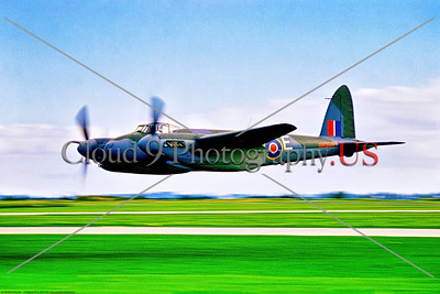 WB-de Havilland Mosquito 026 A very low flying warbird de Havilland WWII era British RAF Mosquito, RR299, multi role aircraft, 5-1970, Yeoovilton, warbird airplane picture by Stephen W  D  Wolf     853_9218     Dt