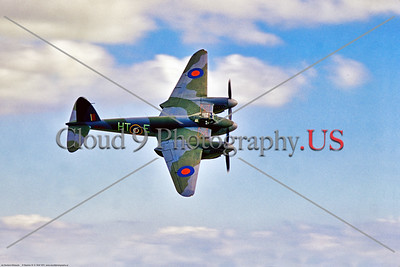 WB-de Havilland Mosquito 024 A flying, banking, warbird de Havilland WWII era British RAF Mosquito multi role aircraft, 5-1970, Yeoovilton, warbird airplane picture by Stephen W  D  Wolf     853_9214     Dt