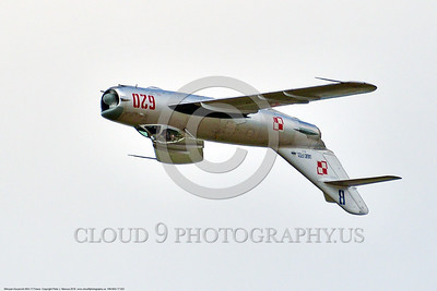 WB-MiG-17 00023 An inverted flying Mikoyan-Guryevich MiG-17 Fresco Soviet Cold War era supersonic jet fighter warbird in Polish Air Force markings at Thunder Over Michigan 2016 airshow warbird picture by Peter J  Mancus