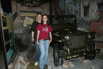Angel (111th OVI) and Alison (7th Tenn.) at the Museum at VMI. Photo by Allissa Weber.