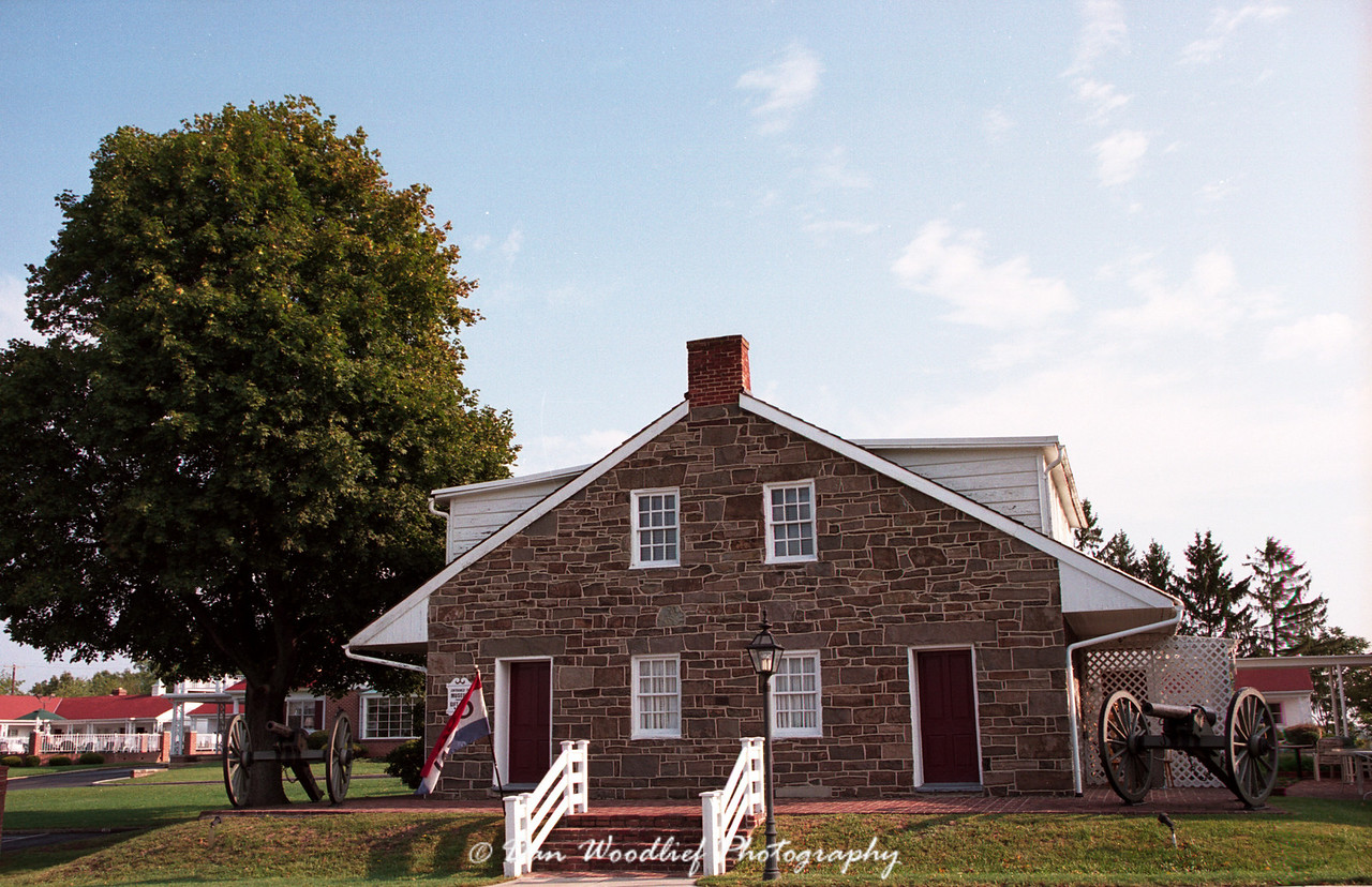 Lee's headquarters. He used the house and nearby fields during the battle.