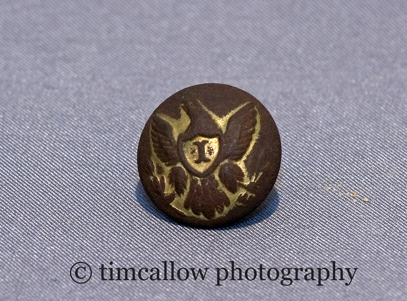 Civil War infantry eagle button
