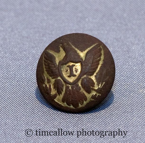 Civil War infantry uniform eagle button