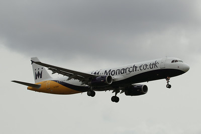 G-OZBT Monarch Airlines Airbus A321-231 c/n 3546 @ East Midlands Airport / EGNX 31.07.14