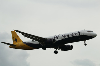G-OZBZ Monarch Airlines Airbus A321-231 c/n 1421 @ East Midlands Airport / EGNX 31.07.14