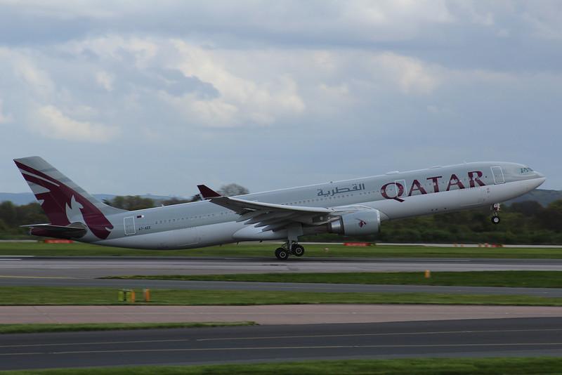 A7-AEE Qatar Airways Airbus A330-302 c/n 711 @ Manchester Airport / EGCC 26.04.14