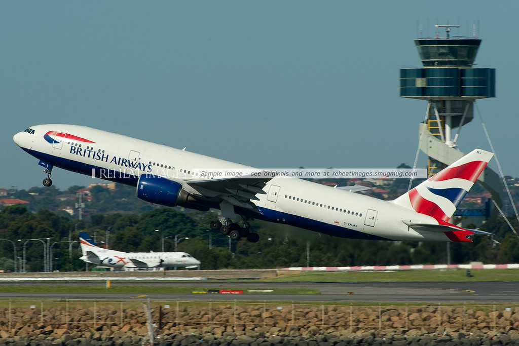 A British Airways Boeing 777-236/ER leaves Sydney.