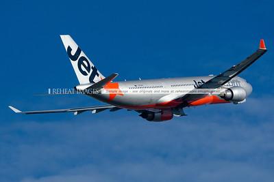 Jetstar Airbus A330-200 leaves Sydney.