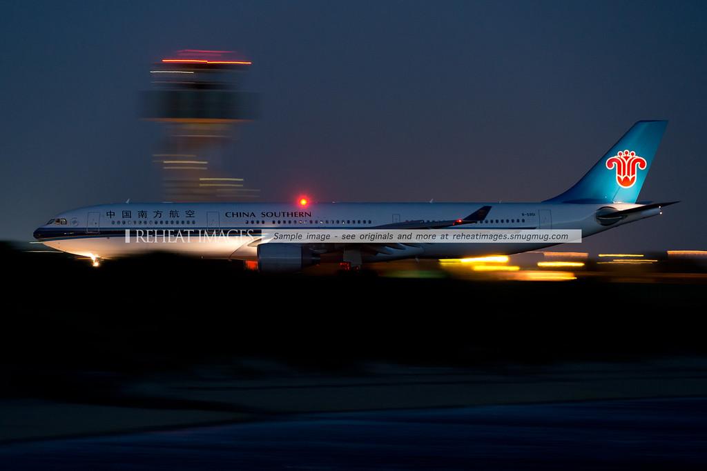 China Southern Airbus A330-323 B-5951