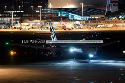 Jetstar Boeing 787-8 Dreamliner in Sydney - first visit