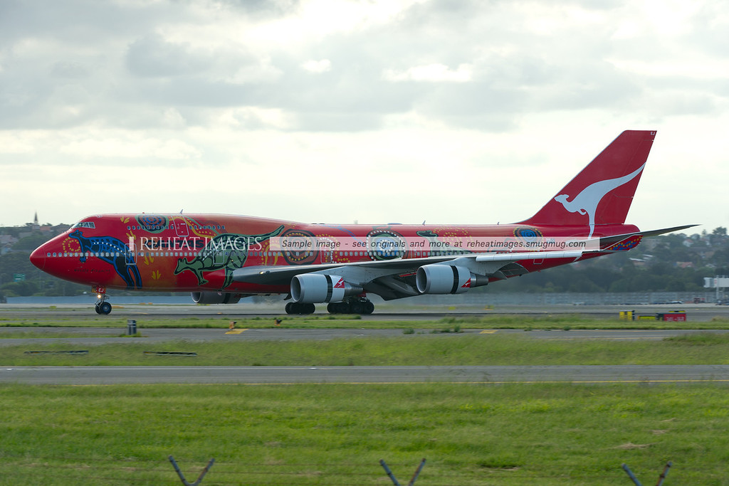 """Qantas B747-438/ER """"Wunala Dreaming"""" arrives back in Sydney after its trip to Buenos Aires."""