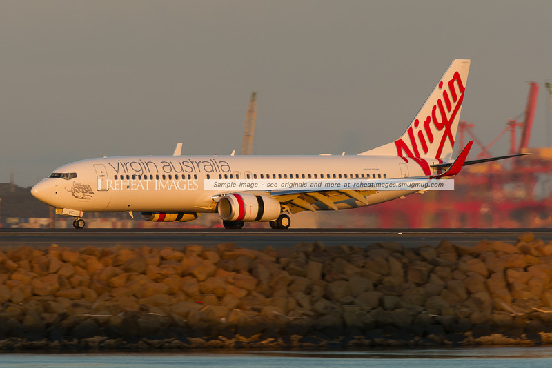 A new Virgin Australia Boeing 737-81D lands at Sydney airport.
