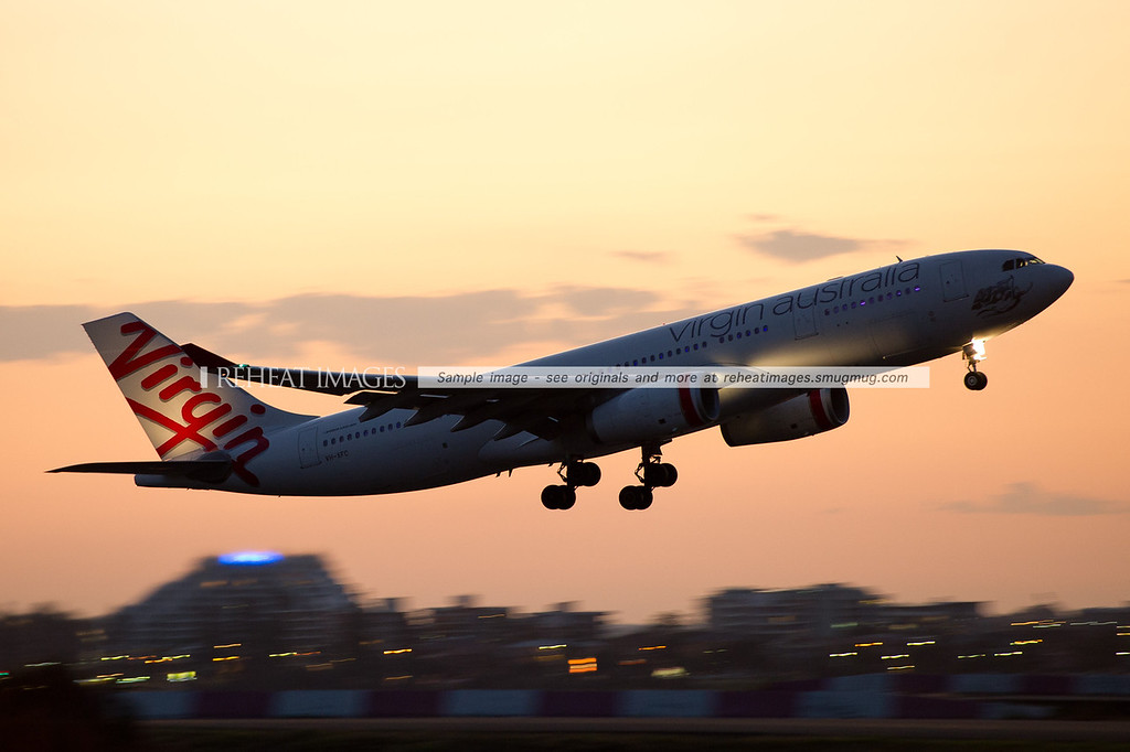 Virgin Australia, Airbus, A330, takeoff, Sydney, reheat images, panning