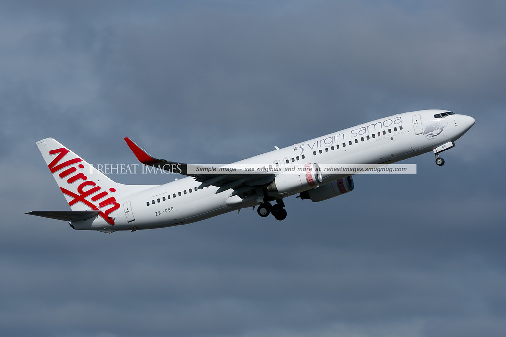 Virgin Samoa Boeing 737-800 leaves Sydney airport.